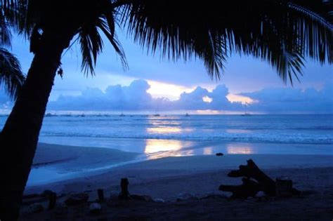The best beaches for swimming in Guanacaste - Javi's