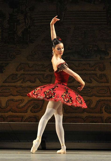 The Bolshoi Ballet in the Grand Pas from Paquita   Dance