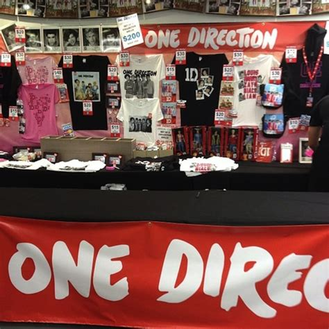One Direction's Merch Booth   #RSFans' Best Band Merch