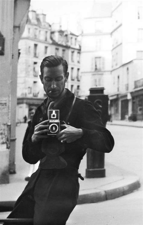 Pierre Jahan, 1935 We love old cameras and black and white
